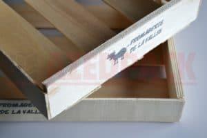 Solution de collage industriel pour emballages bois légers