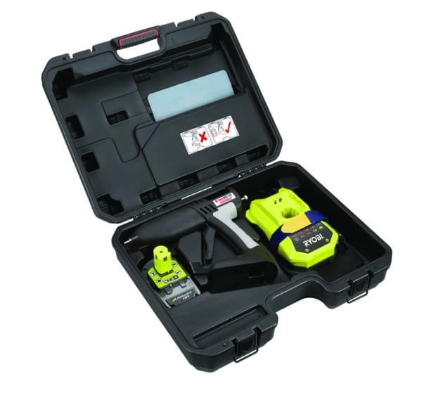 Livré dans sa valise de transport, le TEC807 est maniable et facilement transportable.